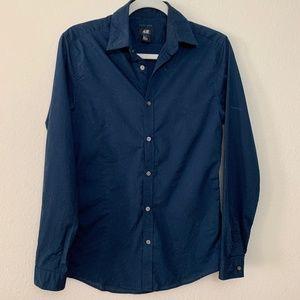 SALE 6 X$25 Small Navy Blue Button Down Shirt Soli